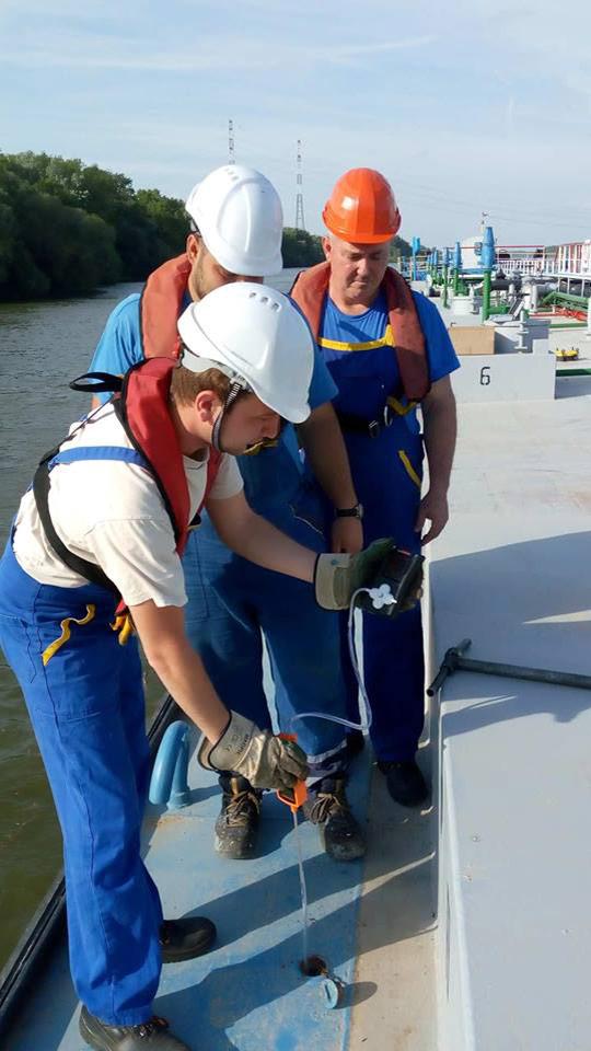 Měřící techniky a vstup do uzavřených prostor pod palubou