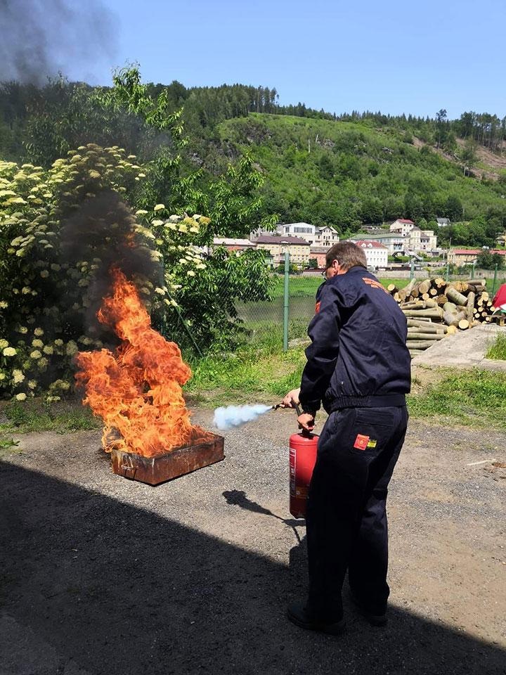 Požární cvičení pro posádky říčních plavidel
